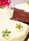 洋なしとチョコレートの真っ白なケーキ