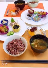 和惣菜ワンプレートとデザート付き朝食