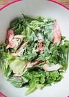 レタスとカニかまのサラダ