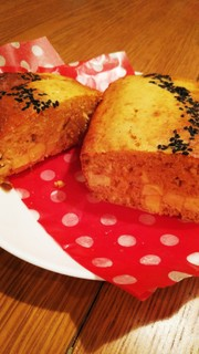 サツマイモのみそパウンドケーキの写真