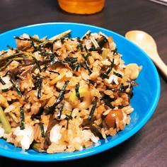 材料少なく手早く作れる簡単山菜チャーハン
