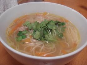 保育園で人気、野菜入り、そうめんスープ