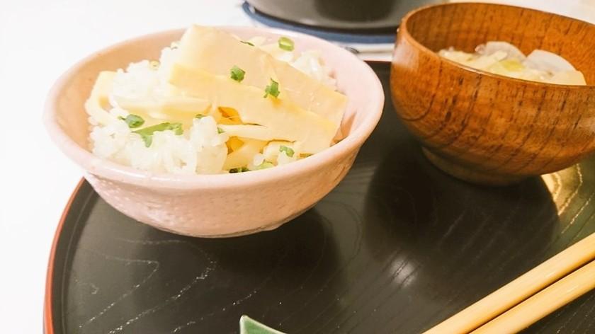 白だしだけ!土鍋で筍ごはん
