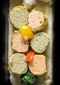 低糖質|鶏の赤と緑の白菜ロール