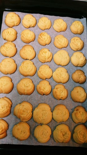 絞り出しクッキー(甘さ控えめ)