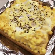 卵、目玉焼きトースト