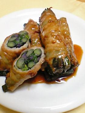 紅苔菜(トウタイサイ)の豚肉巻き