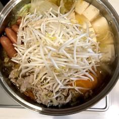 好みの辛さに調整できる!簡単キムチ鍋
