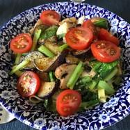 夏野菜と醤油のサッパリパスタ