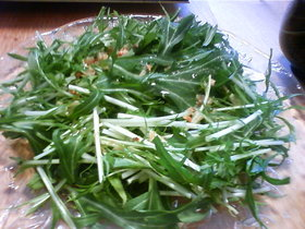 水菜のサラダアンチョビドレッシング