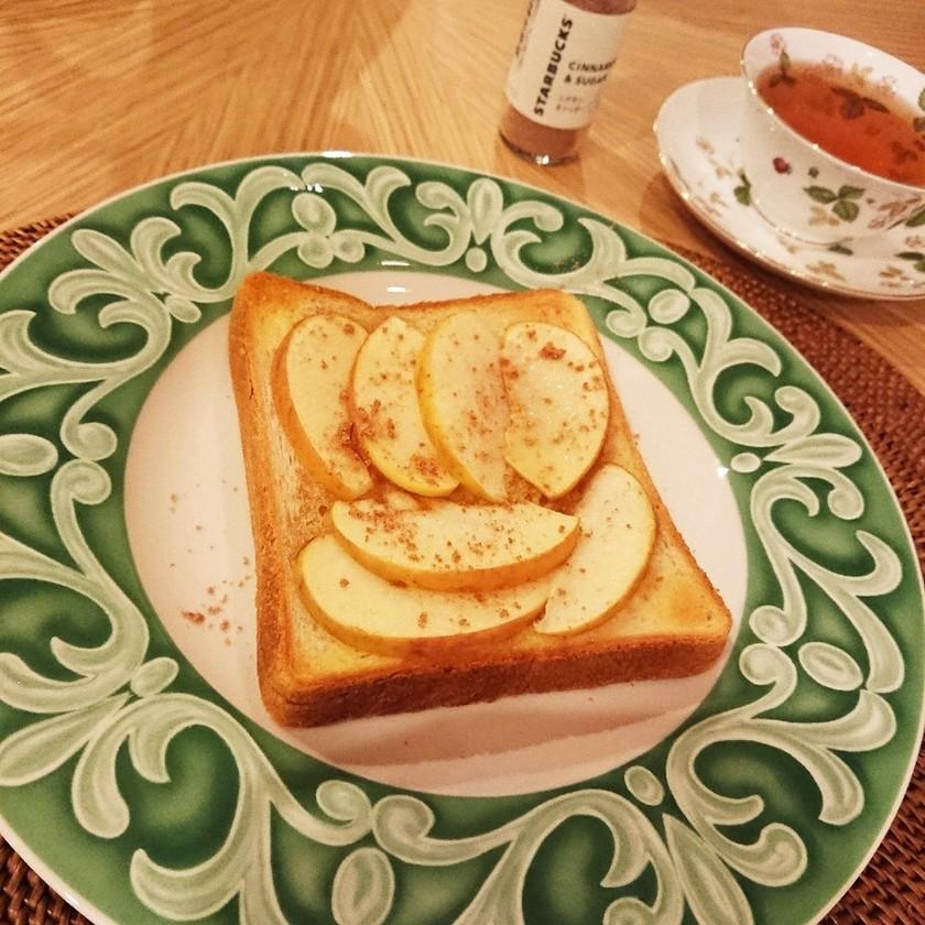 至福のコンビ♪はちみつとりんごのトースト