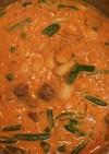 豚ばら肉と白インゲン豆のトマトクリーム煮