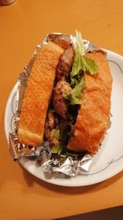 チキンとレタスの簡単サンドの写真