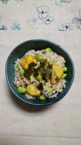 鶏そぼろベース☆栗と枝豆。混ぜご飯
