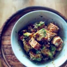 アボカドとクリームチーズと豆腐の山葵醤油