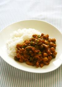 ひよこ豆と鶏ひき肉のケチャップ煮