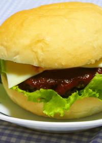 濃厚ソースで♪お手軽ハンバーガー♪