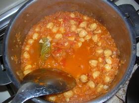 ひよこ豆でベジタリアンカレー
