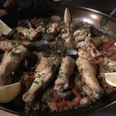 鶏肉のカレーパエリア