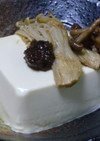 豆腐ときのこの山椒味噌添え