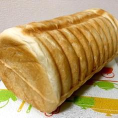 トヨ型で☆甘納豆入りラウンドパン