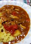 ガーリックライスと野菜ジュースのカレー