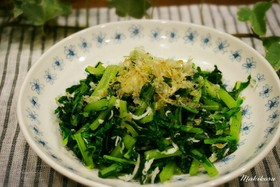 釜揚げしらすと大根菜の炒め物