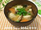 簡単☘️市販の鶏団子&塩麹入り味噌汁