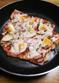 餅ピザ~冷蔵庫にあるもので♪
