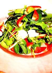 オシャレ⋆苺とカマンベールチーズのサラダ