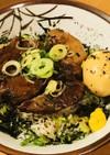 豚肩肉ブロックの角煮丼●ゆで玉子添え