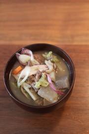 【汁物】芋煮汁の写真