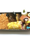 ㉞ 鮭そぼろ&リンゴチョコソース弁当♡
