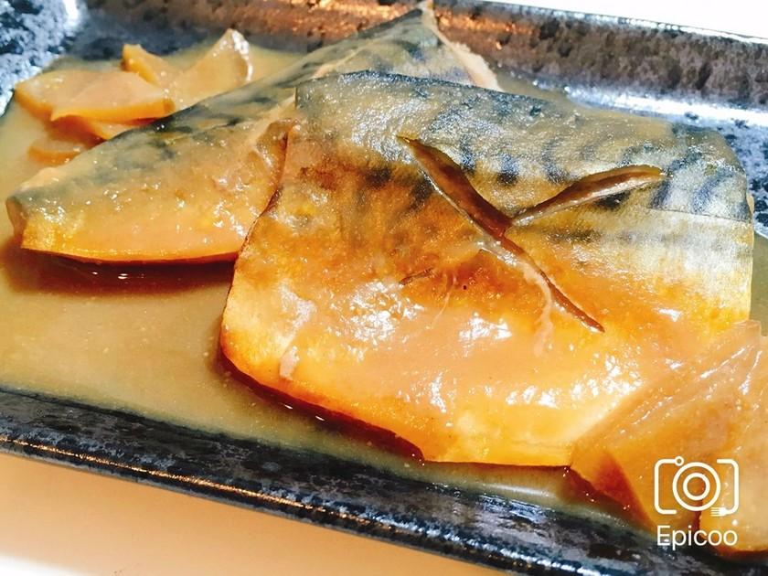 フライパンで簡単!生姜も美味な鯖の味噌煮