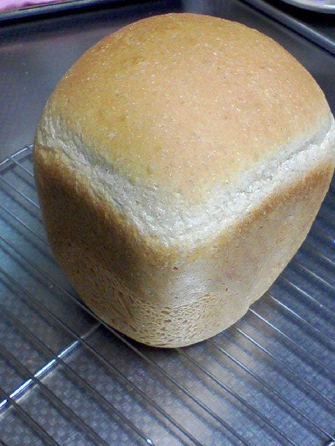 全粒粉でノンオイル食パン(HB)