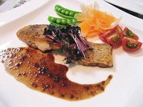 鯛のポワレ☆バルサミコ&柚子胡椒ソース