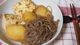 焼き豆腐・糸蒟蒻・じゃが芋の炊いたん