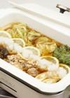 サケ缶と白菜のおろしレモン鍋
