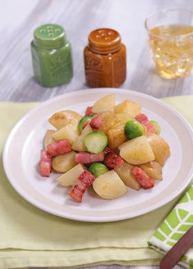 春野菜とベーコンのジャーマンポテト