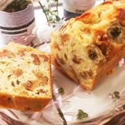 ザクザク胡桃とバナナのパウンドケーキの写真