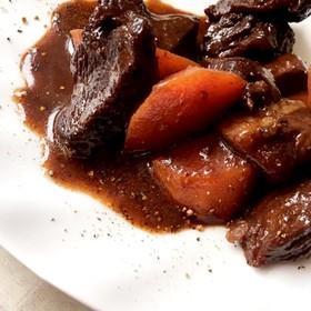 フライパン1つ洋食★牛肉の味噌赤ワイン煮