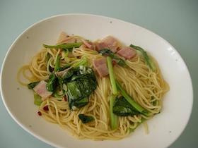 小松菜とベーコンの和風パスタ