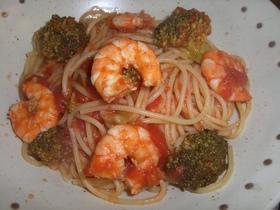 海老とブロッコリーのトマトパスタ*.。♡
