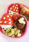 幼稚園 お弁当 秋 きのこ(おにぎり)
