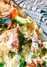 簡単!!鮭とアボカドのオーブン焼き☆