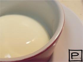 ✔フルフルもっちり。濃厚牛乳プリン。