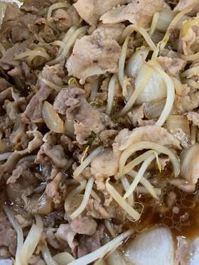 豚肉で簡単にすき焼き風味!
