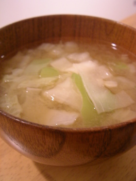 かんぴょうと白菜のお味噌汁