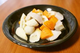 白だしで簡単和食♪里芋と人参の竹輪の煮物