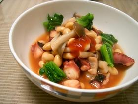 大豆とたこの赤いスープ煮